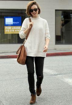 ~12/6 #リリー・コリンズ #チェックシャツ #ロングワンピース #ウェッジサンダル |海外セレブ最新画像・私服ファッション・着用ブランドまとめてチェック DailyCelebrityDiary*
