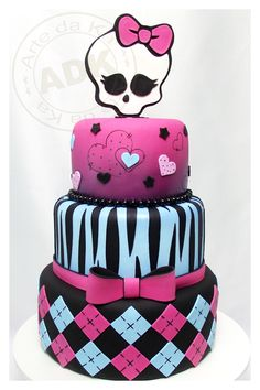 Monster High cake OMG  my Shay-Shay will LOVE / WANT this Cake