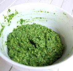 Pesto de pistachos - pistacho pesto