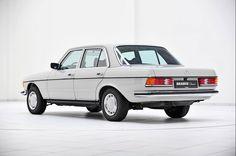 W123 Mercedes Benz Sedan, Mercedes Slc, Mercedes Models, Mercedes E Class, Benz E Class, Classic Mercedes, Mercedez Benz, Diesel Cars, Cars And Coffee