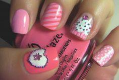 Cupcake Birthday Nails - http://www.naildesignsforyou.com/birthday-nails-designs-tutorials/