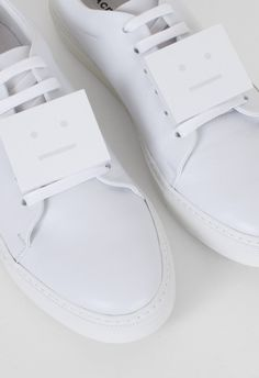 Clymb Perfect White Superstar Casual Sports Sneakers For Mens