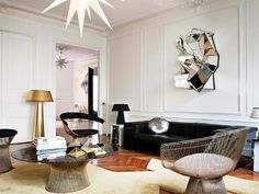 KNOLL , Platner chairs.