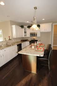 Kitchen Cabinets L Shaped Kitchen Layouts Island L Shaped Kitchen Layout Ideas… Corner Pantry, Kitchen Corner, Kitchen Tops, New Kitchen, Kitchen Ideas, Kitchen Reno, Kitchen Remodeling, Kitchen Island Dining Table, White Kitchen Island
