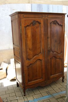 barbaras petite armoire from jean claude brocante