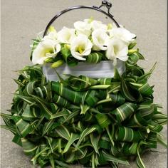 A bridal handbag inspired by Moniek Vanden Berghe