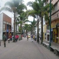 Foto: Carrera 23 frente al Club Manizales - Manizales Caldas, Colombia Capital City, Carrera, National Parks, Street View, Club, Xmas, Countries, Cities, Friends