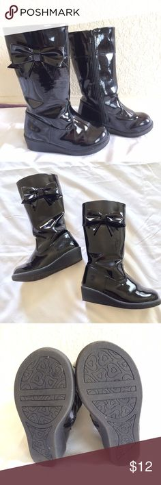 Crazy 8 Black Boots Crazy 8 boots with bow detail. Zipper works fine. Very good condition. Crazy8 Shoes Boots