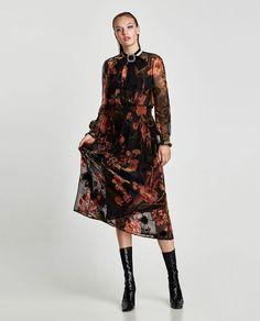 d22e419b Check Dress, Zara Black, Zara Fashion, Womens Fashion, Fashion 2017, Floral