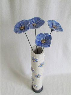 vase raku soliflore coquelicot fleurs coquelicot original fait main artisanal céramique grès fait main artisanal Jean-Pierre et Danièle Meyer