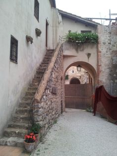 Abbazia di San Magno a Monte San Biagio