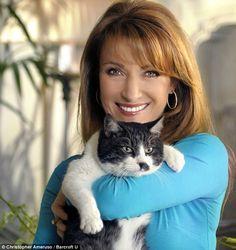 Feline fine: Former Bond Girl Jane Seymour and her cat Stachie