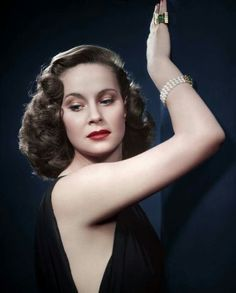 Born 1921 as Baroness Alida Maria Laura Altenburger von Marckenstein-Frauenberg in Pola, Istria, Italian actress Alida Valli appeared in mor. Old Hollywood Stars, Vintage Hollywood, Hollywood Glamour, Classic Hollywood, Hollywood Divas, Classic Actresses, Beautiful Actresses, Actors & Actresses, Tres Jolie Photo