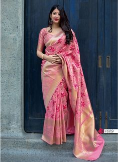 Pure jamdani silk with minakari saree with blouse for party function wedding / saree for women / banarasi saree / sarees / readymade blouse Designer Silk Sarees, Designer Sarees Online, Art Silk Sarees, Banarasi Sarees, Silk Saree Kanchipuram, Silk Saree Blouse Designs, Lehenga Saree, Sari Design, Seda Sari
