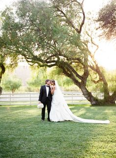 © The Why We Love  Bride and Groom at Sitting Bull at Hummingbird Nest Ranch