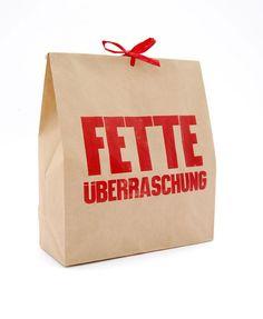 *FETTE Überraschung - da kommt was in die Tüte!* Überrasche deine Lieben mit dieser witzigen Verpackung, die jedes Geschenk schnell und originell ...