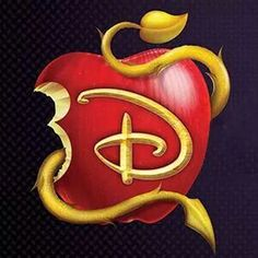 Disney descendants that was a good movie if you didn't watch it you need to The Descendants, Disney Channel Descendants, Disney And Dreamworks, Disney Pixar, Disney 2017, Disney Villains, Disney Movies, Mal And Evie, Disney Channel Original