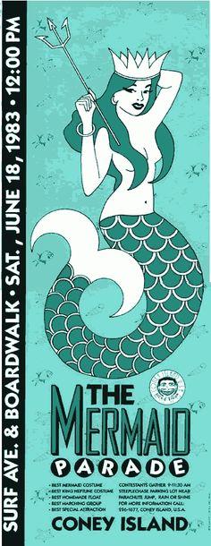 NY en Junio: The Coney island Mermaid Parade:  Precesión vespertina muy peculiar, que se celebra desde hace 30 años y festeja la playa y el comienzo del verano.  Es un destello de purpurina y glamour, con disfraces elaborados de sirena, por el paseo marítimo de Coney Island.  Se celebra el último sábado del mes