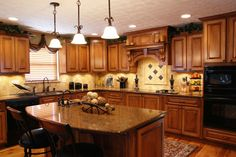 backsplash ideas with oak cabinets | ... Gallery of the Best Small Kitchen Redesigns Ideas With Oak Cabinets