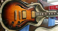 Vantage Entertainer 565 thinline doublecut LP-type guitar