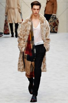 Burberry Prorsum | Fall 2014 Menswear Collection | Style.com - Yes, if it's dry out, you should wear shearling. Because pettable.