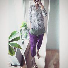 # 라벤더 꽃무늬 튜닉과 보라빛 마바지 그리고 금빛샌달. #Green #Violet #Gold #outfit for #today . . . . #ootd #daily #dailylook #인스타데일리 #데일리룩코디 #팔로우 #줌마그램 #줌마스타그램 #줌스타그램 #오늘입은옷 #패션 #fashion #style #스타일 #follow #me #instadily #korea