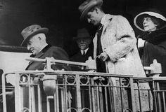 Last photo of President Warren G. Harding before his death in 1923 History Of Presidents, American Presidents, Us Presidents, American History, Warren Harding, Warren G, World Leaders, Famous People, Calvin Coolidge
