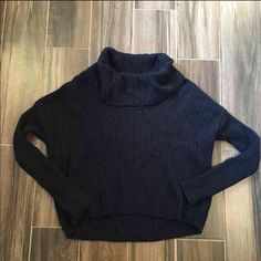 Express High Low Sweater size XS/S Express dolman seater. High low design. Size XS/S. EUC! Express Sweaters Cowl & Turtlenecks