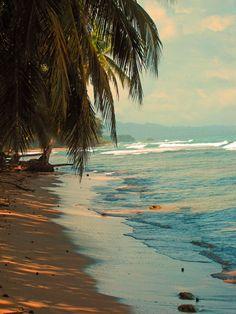 One of the many beautiful beaches in Costa Rica. Costa Rica Travel, Costa Rica Reisen, Dream Vacations, Vacation Spots, Vacation Destinations, Vacation Travel, Travel Goals, Places To Travel, Places To See