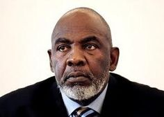 """Malian soldiers have arrested Prime Minister Cheick Modibo Diarra at his home, acting on the orders of ex-coup leader Amadou Sanogo, a member of the premier's entourage has said. """"The prime minister was arrested by about 20 soldiers who came from Kati"""" a military barracks outside Bamako and headquarters of the former putschists, said the source, who witnessed the yesterday's arrest."""