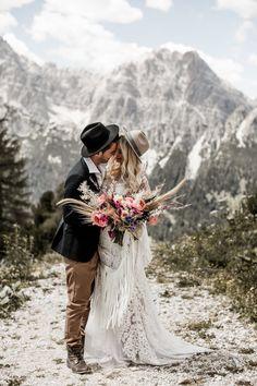 Boho chic wedding ideas for a memorable day! Wedding Destination, Elope Wedding, Chic Wedding, Dream Wedding, Wedding Bride, Protea Wedding, Hipster Wedding, Elopement Wedding, Autumn Wedding