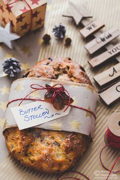 Stollen Recipe, Candied Lemon Peel, Christmas Desserts, Holiday Treats, Christmas Cookies, Cranberry Almond, Butterscotch Pudding, Whats For Lunch, Beautiful Desserts