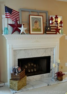 Patriotic Mantle - I don't have a fireplace, but this would work on the entry way shelf on the wall in my living room. Fourth Of July Decor, 4th Of July Decorations, July 4th, Patriotic Crafts, July Crafts, Patriotic Room, Summer Crafts, Summer Decoration, Summer Mantel