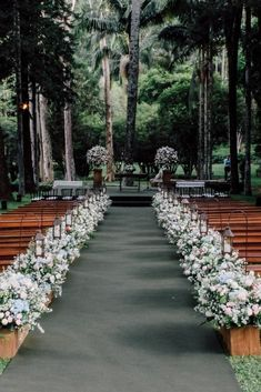 The use of flowers for wedding decorations has been for long time. Wedding decorations with flowers offer beauty and fragrance to the wedding reception. Wedding Ceremony Ideas, Outdoor Wedding Decorations, Wedding Venues, Destination Wedding Locations, Space Wedding, Wedding Goals, Wedding Planning, Dream Wedding, Summer Wedding