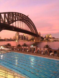 Australia really does have it going onnnnn. Sydney Harbour Bridge.