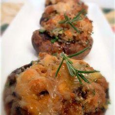Sausage Stuffed Mushrooms @keyingredient #cheese #easy #italian