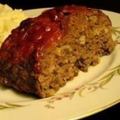 Pressure Cooker Meatloaf- Sub out bread crumbs with almond flour (half amount) and use reduced sugar ketchup or LC BBQ sauce. Meatloaf in about 30 minutes? This meatloaf recipe has great flavors and cooks quickly in the pressure cooker. Power Cooker Recipes, Pressure Cooking Recipes, Power Pressure Cooker, Instant Pot Pressure Cooker, Pressure Pot, Electric Pressure Cooker Meatloaf Recipe, Pressure Cooker Meat Loaf, Key Food, Meatloaf Recipes