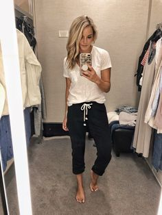 So the Nordstrom Anniversary Sale (early access) is finally here! I haven't been talking a ton about it yet because I feel like a bunch of you already know or have heard the scoop. I look forward to this sale the most each year because. Cute Lounge Outfits, Lazy Day Outfits, Mom Outfits, Casual Fall Outfits, Everyday Outfits, Spring Outfits, Cute Outfits, Trendy Outfits, Kendall Jenner Outfits