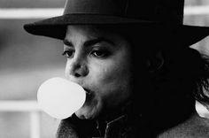 Michael Jackson/ Dilip Mehta photoshoot 1991 #photo #photography #dilipmehtaphotographer #michaeljacksonphoto