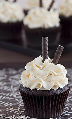 http://sweetrevelations.wordpress.com/2011/12/26/dark-chocolate-peppermint-cupcakes/