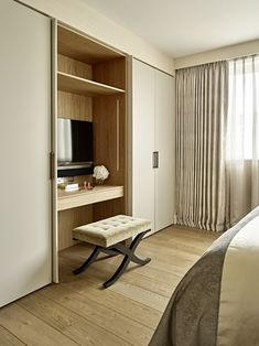 Chelsea Harbour Apartment - Master Bedroom, Dressing Table, Concealed TV, Built-In Wardrobes Apartment Master Bedroom, Bedroom Built In Wardrobe, Bedroom Built Ins, Bedroom Closet Design, Master Bedroom Closet, Tv In Bedroom, Home Room Design, Master Bedroom Design, Trendy Bedroom