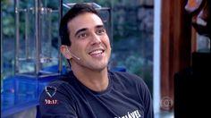ANDRE MARQUES - ator da REDE GLOBO DE TELEVISÃO - se apresenta no programa MAIS VOCE - bem magro - 17-05-2015