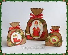 Stempeleinmaleins: Geschenksäckchen Christmas Tag, Christmas Projects, Winter Christmas, Christmas Bulbs, Cricut Explore Projects, Stampin Up Anleitung, Diy Gift Box, 3d Paper Crafts, Stencil Diy
