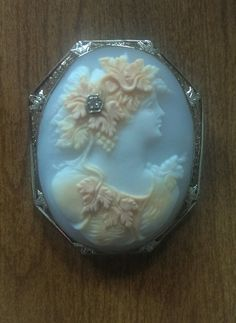 Antique 14k White Gold Shell Cameo Pin/Pendant w/Filagree Frame & Diamond