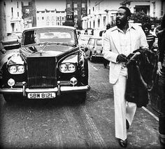 Marvin Gaye walking ahead of his Rolls Royce in Notting Hill, London 06/10/1976.