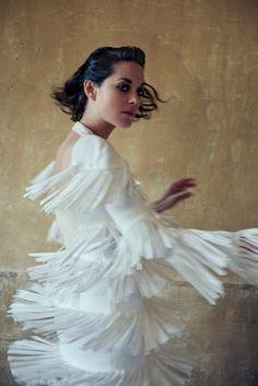marion-cotillard-by-ryan-mcginley-for-porter-magazine-11-winter-2015-6