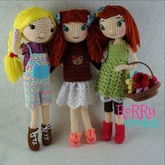 Hi.... Good evening, we are the sisters and finally we got a name Amy (left), Lanna (middle) and April (right)...