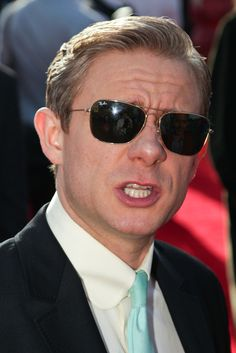 <3   Awwww his nose!!! //  Martin Freeman arrives at the 'The Hobbit: An Unexpected Journey' World Premiere at Embassy Theatre on November 28, 2012 in Wellington, New Zealand.  (Credit : deareje)