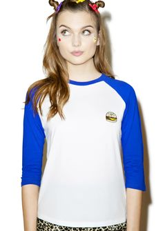 Lazy Oaf Burger Baseball T-Shirt cuz ya got that craving feeling bb. This classic baseball tee is extra soft and features a perfectly relaxed fit, no matter what kind of games yer lookin' to play. Featuring an adorbz cheeseburger patch and contrasting three-quarter length raglan sleeves, yer gonna look yummy.