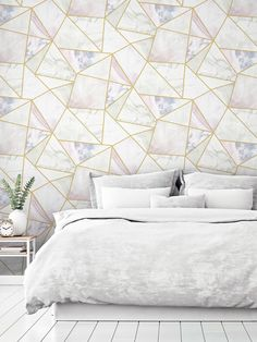 Transform a room with ease with this simple to use Artistick Fragments Self Adhesive Wallpaper. The design features a contemporary geometric pattern of abstract triangle and quadrilateral shapes containing different marble patterns in complimentary tones of lilac, pink, grey and blue, with a matte finish and a soft metallic gold outline. Ideal for feature walls and upcycling, simply peel the backing off and apply the high quality wallpaper to any flat surface. Metallic Wallpaper, Geometric Wallpaper, Self Adhesive Wallpaper, Peel And Stick Wallpaper, Accent Wall Bedroom, Bedroom Decor, Bedroom Ideas, Estilo Art Deco, High Quality Wallpapers